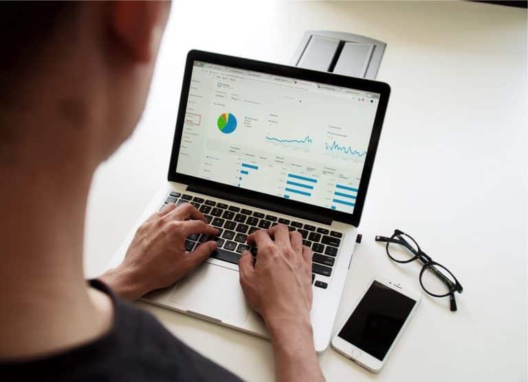 שיווק דיגיטלי - עבודה מהמחשב